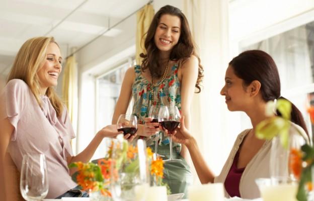 Какво издава виното за характера на човека ?