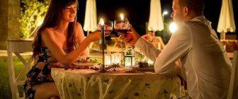 Обстановката променя вкуса на виното