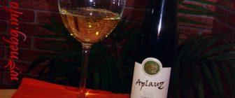 AplauZ Viognier 2013 – Villa Melnik