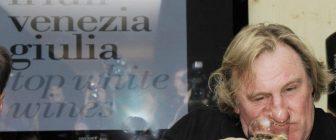 """Ветеранът актьор Жерар Депардийо се снима във френски филм който се сравнява с хитовия """"Отбивки""""."""