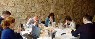 Над 300 проби вина, ракии, винено бренди и спиртни напитки се състезават за Златен ритон на ВИНАРИЯ 2018 20-членно жури оценява най-добрите вина на ВИНАРИЯ 2018