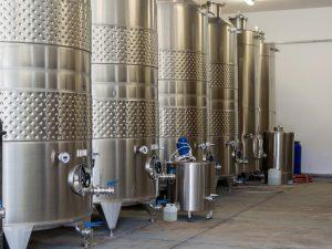 Ферментация на бели вина Мидалидаре Естейт