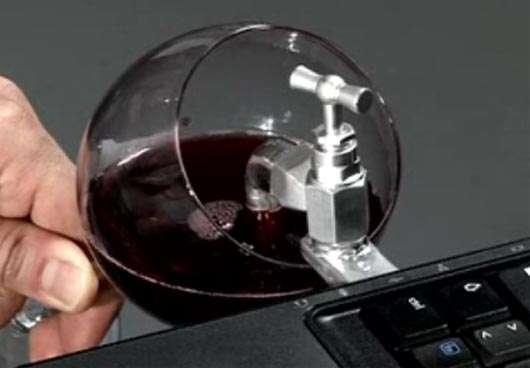 USB Wine – изтеглете вино направо от лозята!