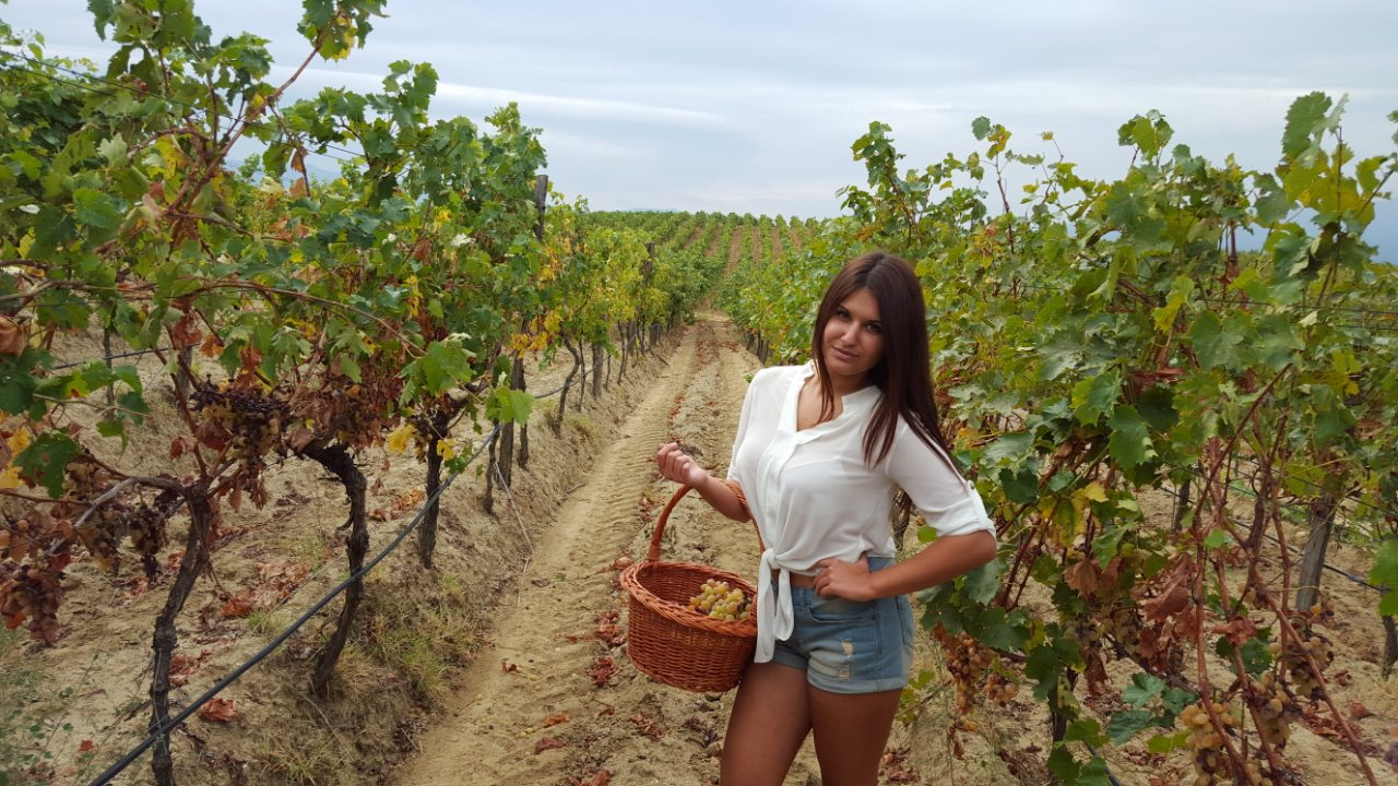 Таня Никова – моето вино трябва да е свежо, диво и пикантно