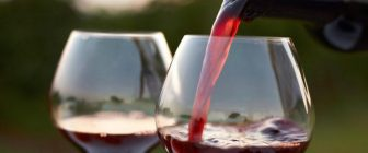 Установено: Червеното вино се отразява добре на здравето
