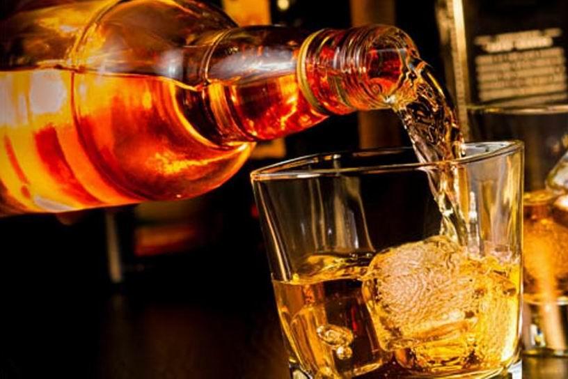 Има ли възраст уискито и как деградира в бутилката след отваряне?