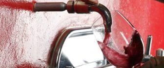 Вино потече от чешми вместо вода! Кметството успокои гражданите