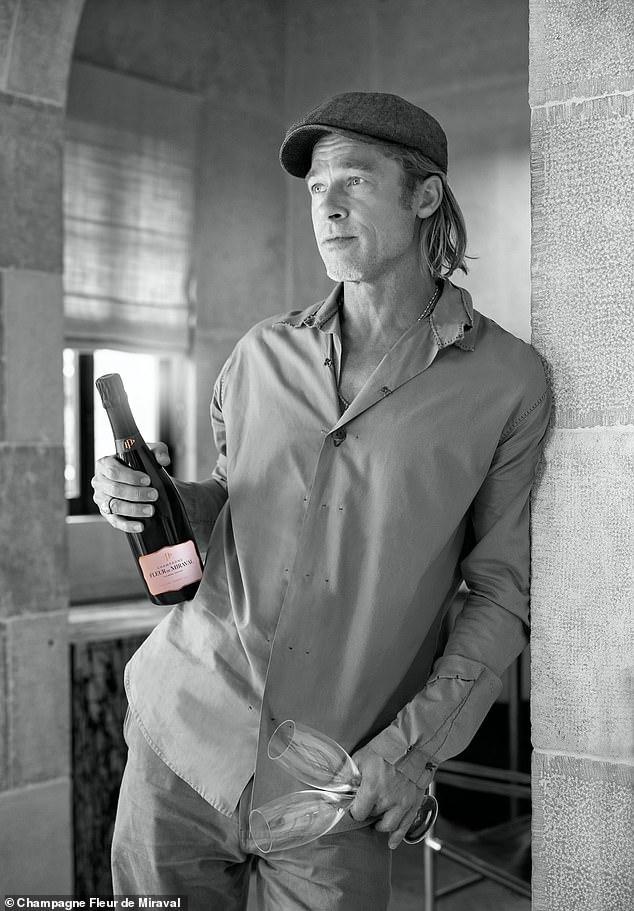 Брад Пит и Анджелина Джоли пускат розе шампанско FLEUR DE MIRAVAL