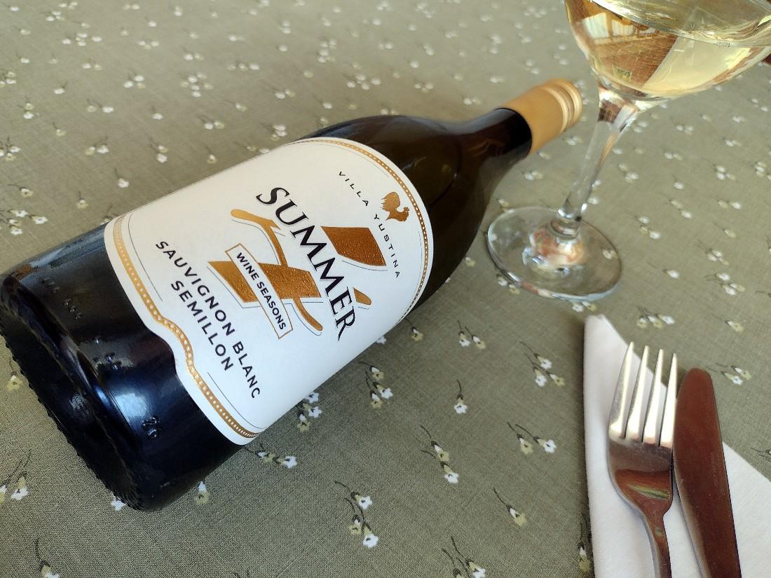4 seasons Summer Sauvignon Blanc & Semillon 2020 – Villa Yustina