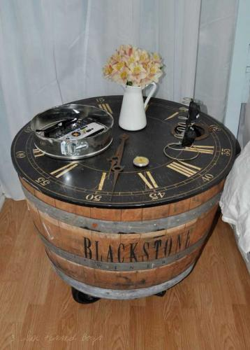 DIY-Ways-To-Re-Use-Wine-Barrels-13