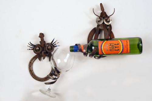 I-use-rusty-objects-to-make-a-brood-of-Wine-Chicks-5b45c3deba295  880